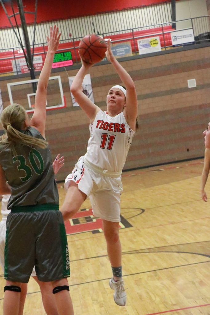 Mid-game run propels Hurricane Lady Tigers past Payson, 55