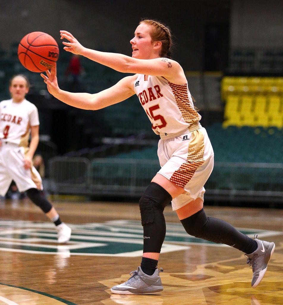 Salem Hills eliminates Cedar behind star forward Lauren ...